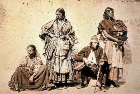 Considerada la primera imagen de gitanos andaluces está fechada en 1860 1863.