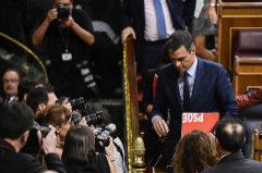 El CIS de Tezanos da al PSOE más voto que a PP, Cs y Podemos juntos