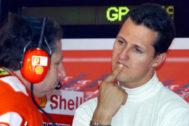 Todt y Schumacher durante el GP de Francia en 2002