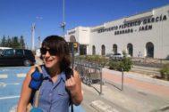 Juana Rivas, en el aeropuerto granadino en una imagen de archivo.