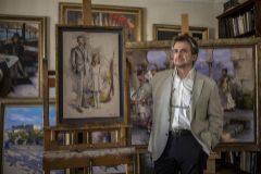 El pintor Ricardo Sanz en su casa-estudio en Madrid.
