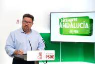 Rodrigo Sánchez Haro en la rueda de prensa de este miércoles en la sede del PSOE andaluz en Sevilla.