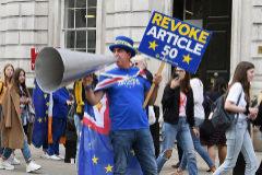 El Banco de Inglaterra advierte de que hay posibilidades de entrar en recesión