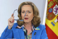 GRAF7914. MADRID.- Fotografía de archivo del 26/04/2019 de la ministra española de Economía en funciones, Nadia <HIT>Calviño</HIT>, que figura en la lista de cinco nombres que Francia ha propuesto a los países de la Unión Europea (UE) para designar a un candidato a dirigir el Fondo Monetario Internacional (FMI). Archivo/