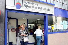 La administración de lotería de A Coruña donde fue hallado el boleto premiado.