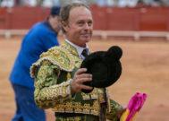Pepe Luis Vázquez recibe el alta tras sufrir un ictus cerebral