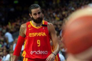 GRAF2011. PAMPLONA.- El jugador de la selección española de <HIT>baloncesto</HIT> Ricky Rubio, durante el partido amistoso preparatorio para el Mundial de China ante Lituania que se disputa esta noche en el Navarra Arena, en Pamplona.