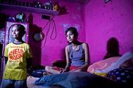 """India aprueba la pena de muerte para los casos """"más brutales"""" de abuso sexual de menores"""