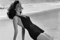 La actriz Ava Gardner en Torremolinos, en agosto de 1995