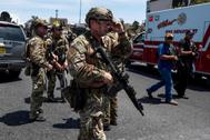 Fuerzas de seguridad acuden al centro comercial en El Paso  donde un joven de 21 ha matado a tiros al menos a 20 personas