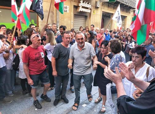 Xabier Ugarte (centro), uno de los secuestradores de Ortega Lara,...