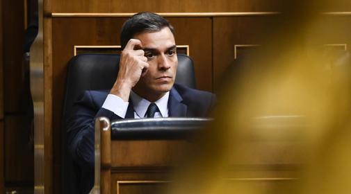 Pedro Sánchez, durante el pleno de su investidura fallida, el pasado...