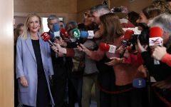 Cristina Cifuentes expresidenta de la Comunidad de Madrid ante los medios