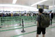Antonio Moreno 31.07.2019 Barcelona Cataluña. Aeropuerto del <HIT>Prat</HIT> zona de embarque.