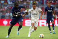 Audi Cup - Real Madrid v Tottenham Hotspur Soccer Football - Audi Cup - Real Madrid v Tottenham Hotspur - Allianz Arena, Munich, Germany - July 30, 2019 Tottenham's Moussa Sissoko in action with Real Madrid's Eden <HIT>Hazard</HIT> REUTERS/Michael Dalder