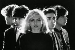 Debbie Harry, cantante de Blondie, desvela que fue violada delante de su novio
