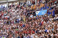 El bullicio de las 40 peñas taurinas de Pontevedra