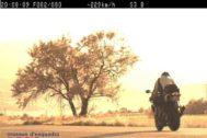 Imagen de los Mossos de d'Escuadra en la que un radar capta a un motorista a 229 km/h.