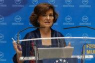 La vicepresidenta del Gobierno en funciones, Carmen Calvo, este miércoles en una rueda de prensa.