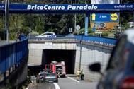 La pasarela sobre la N-120, en las inmediaciones de la estación de autobuses de Ourense, donde fallecieron madre e hijo.