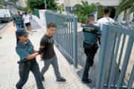 Detención de los acusados por violar en grupo a una chica en Benidorm