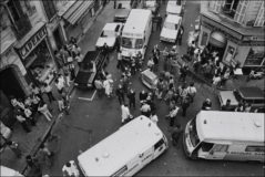 Momentos después del atentado en el restaurante de Jo Goldenberg.