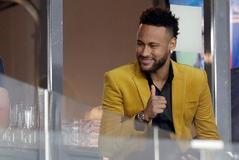 """Neymar respira """"aliviado"""" tras pedir la Fiscalía el archivo de la denuncia  por violación"""