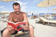 ///////NO UTILIZAR SIN CONSULTAR CON FOTOGRAFIA/////////August 2, 2019, Milano Marittima, Ravenna, Italia: Foto Stefano Cavicchi / Lapresse.2/08/2019 Milano Marittima / Ravenna / Italia.gossipMatteo <HIT>Salvini</HIT> in vacanza a Milano Marittima.Nella Foto Matteo <HIT>Salvini</HIT> durante la lettura del libro di Oriana FallaciFoto Stefano Cavicchi / Lapresse.2/08/2019 Milano Marittima / Ravenna / Italy.news.Matteo <HIT>Salvini</HIT> in holiday in Milano Marittima o (Credit Image: © Stefano Cavicchi/Lapresse via ZUMA Press)FOTO: CORDON PRESS PARA INTER