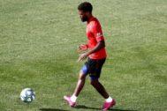 Lemar, durante el último entrenamiento del Atlético en Majadahonda.