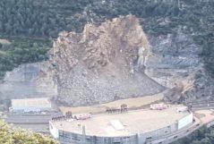 Avalancha que ha cortado la carretera general 1 en Andorra.