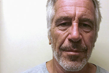 Epstein, acusado de abuso sexual de menores, se suicida tras ordenarse la publicación de documentos