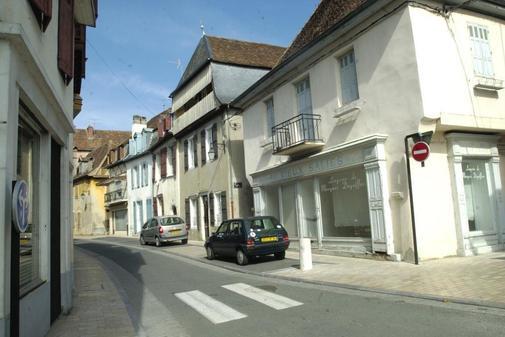 Calle de Salies de Bearn en Francia donde la detuvieron