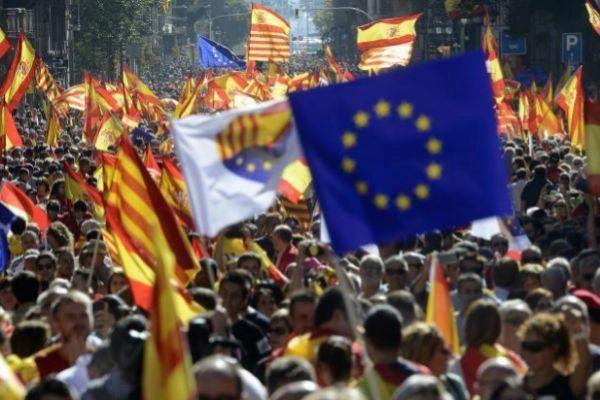Una de las manifestaciones convocadas por Societat Civil Catalana en...