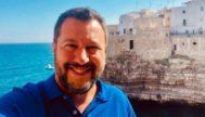 Selfie que compartió Matteo Salvini desde Puglia en las redes sociales.
