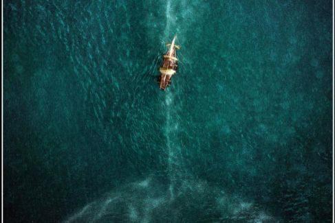 Un fotograma de 'En el corazón del mar', de Ron Howard, basada en la historia del 'Essex'.