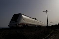 Foto de archivo de un tren de Renfe a su paso por Mérida.