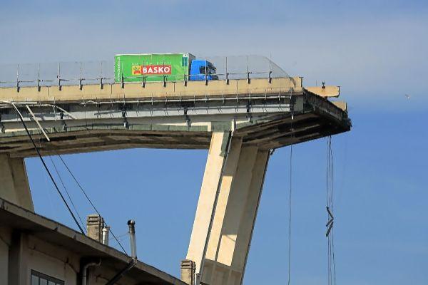 Génova sueña con otro símbolo un año después del derrumbe del puente Morandi