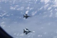 La OTAN justifica el rastreo de un F-18 español al avión de un ministro ruso