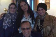 El fallecido Husein Salem y familiares