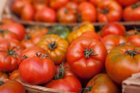 Cómo el tomate recupera su sabor y deja de ser insípido