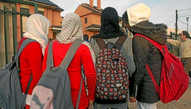 Les retiran la custodia por pegar a su hija al negarse a usar el velo islámico
