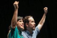 Teresa Rodríguez y Pablo Iglesias, juntos en un mitin celebrado en Sevilla en noviembre pasado.