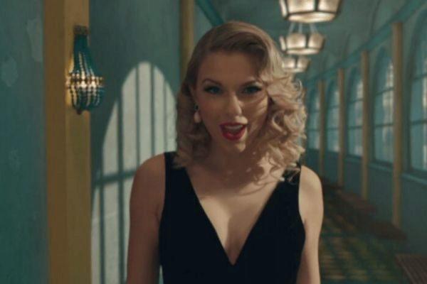 Taylor Swift ha estrenado Lover, la canción que da título a su nuevo...