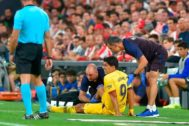 Luis Suárez, en el momento de la lesión.