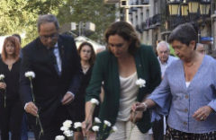 Torra dedica el homenaje del 17-A a Puigdemont y éste aviva la teoría de la conspiración