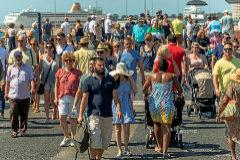 Alrededor de 13.400 cruceristas recorrieron este sábado las calles de Palma.