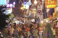Desalojadas 40 personas de una cafetería de Ibiza por un incendio