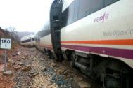 Descarrilamiento de un tren entre Rubielos de Mora y Sarrión (Teruel) en 2015