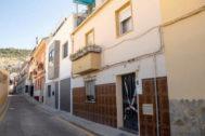 Número 13 de la calle Francisco Ayala García, donde han tenido lugar los hechos.