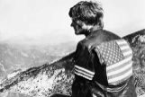 //NO UTILIZAR SIN CONSULTAR CON FOTOGRAFIA///////////PARA PAPEL CULTURA P//<HIT>Peter</HIT> <HIT>Fonda </HIT> <HIT>Peter</HIT> <HIT>Fonda</HIT> Wearing Leather Jacket with American Flag <HIT>Peter</HIT> <HIT>Fonda</HIT> FOTO: BETTMAN